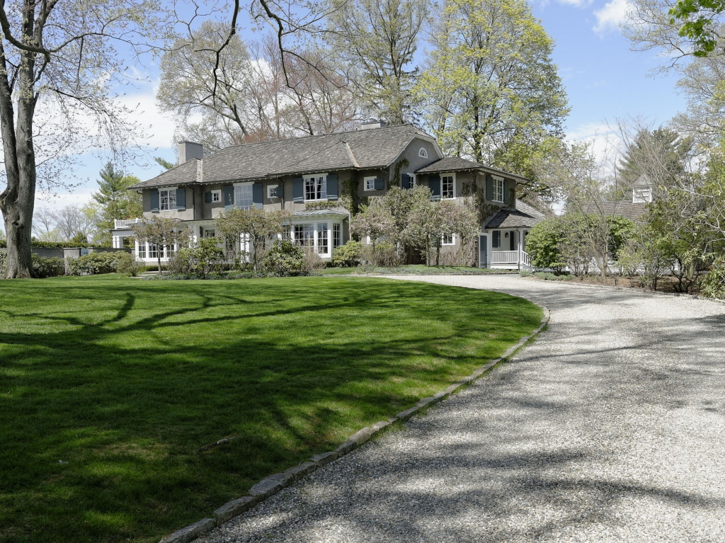55 Garden Road, Scarsdale, NY; Sold for $6,400,000